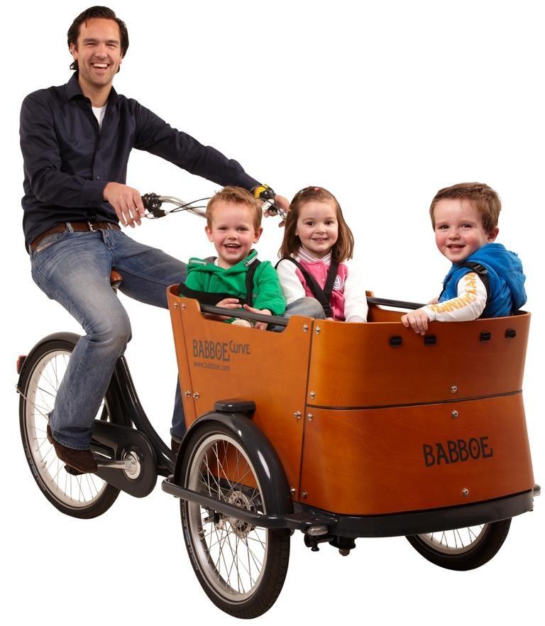 Babboe Curve 7N RB Vater mit Kindern